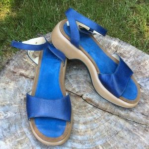 Dansko Blue leather & suede sandal